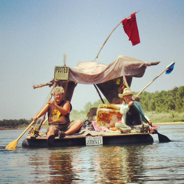 A Collection Of Photos From A Non-Shantyboat River Float
