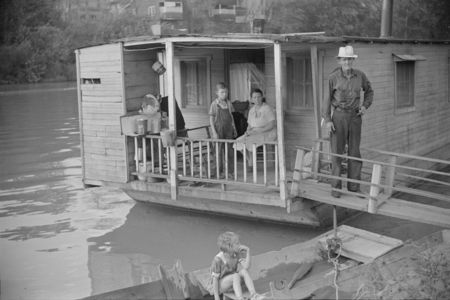Family on Houseboat