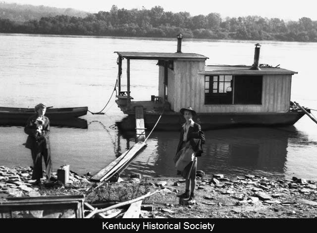 Harlan and Anna Hubbard's shantyboat at Fort Thomas, Ky