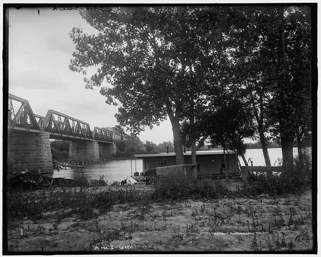 Steel bridge over Illinois River at Pearl, Ill-1905