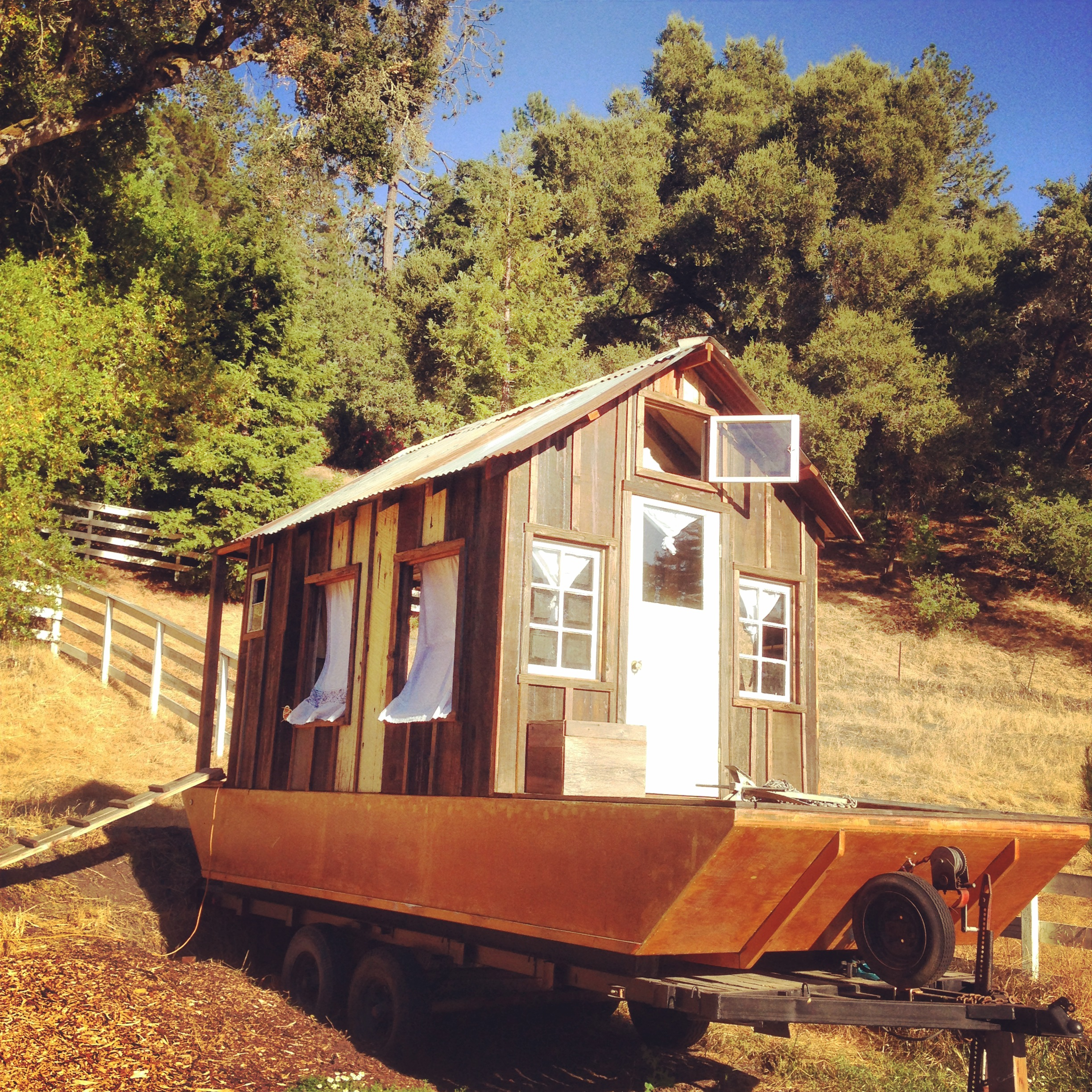 The Shantyboat – A Secret History of American River People