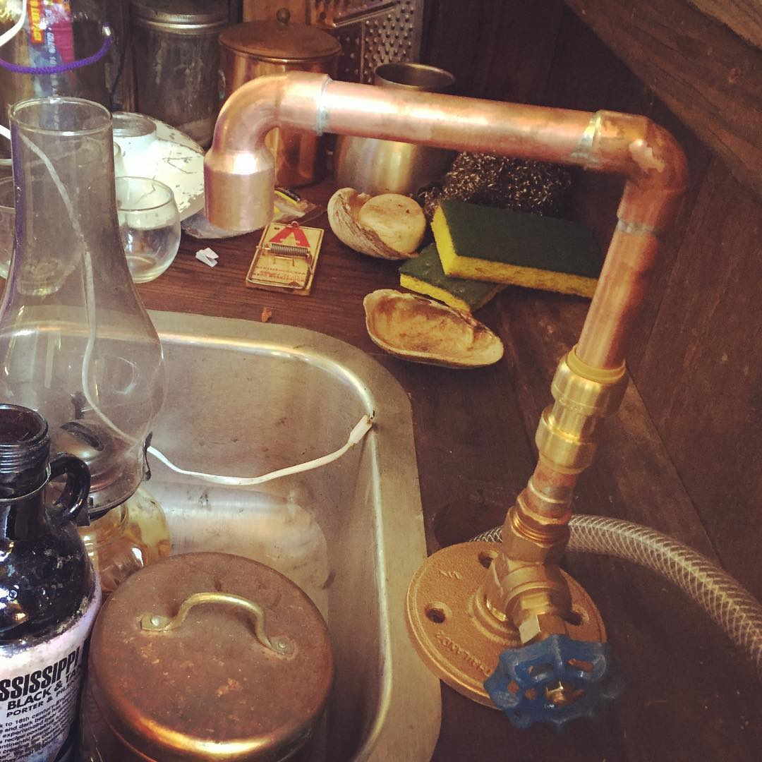 New shantyboat kitchen faucet assembled