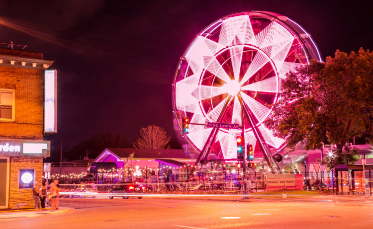 Betty Danger's Country Club ferris wheel, Minneapolis. Photo by Tony Webster.