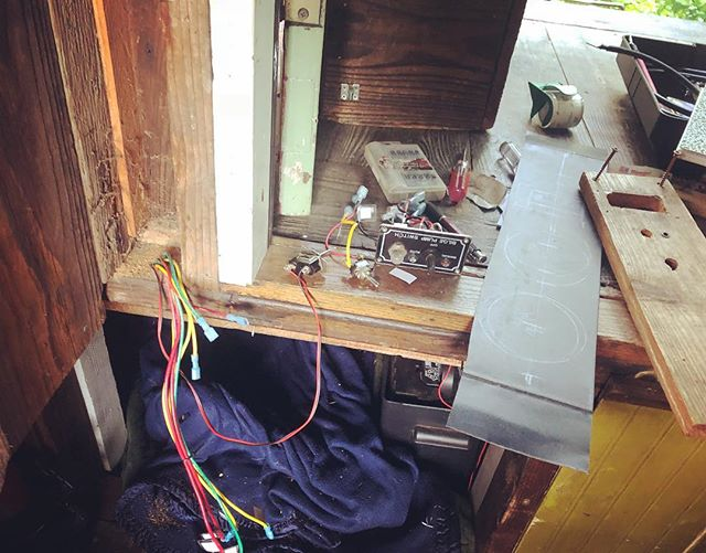 Re-wiring the shantyboat control panel