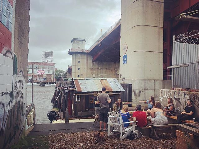 "Best welcome ever at the North Brooklyn Boat Club. Felt like meeting old friends. Benzy said it was are ""We Made It Point"" #shantyboat #wemadeit @northbkboatclub #pbr"