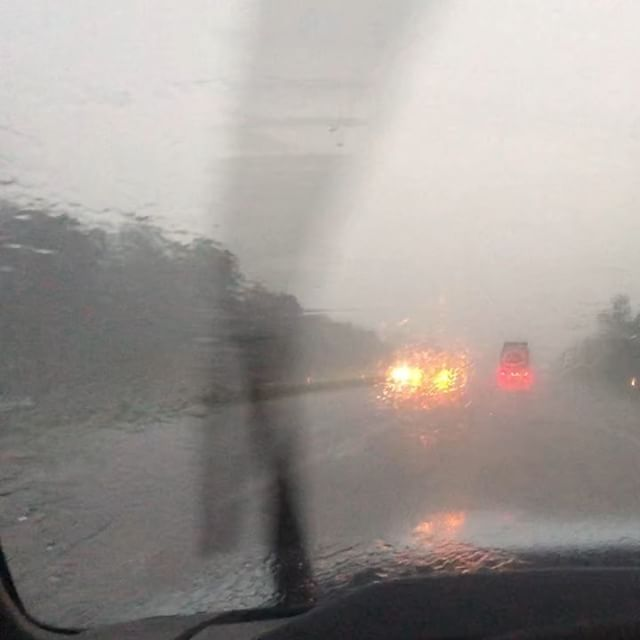 Going through the Appalachian Mountains in Delaware it is rainy AF. That's fun and all, until I go to sleep and find that our sleeping loft in the Shantyboat is completely saturated #Appalachian #RainPacalypse #Driving #Delaware